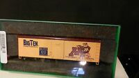 Bowser HO RTR Ltd Run Big Ten Centennial Boxcar, Minnesota, NIB