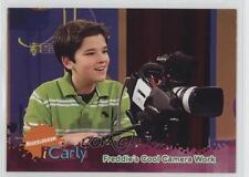 2009 Topps iCarly #53 Freddie's Cool Camera Work Non-Sports Card 0b5