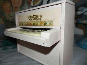 ancien jouet piano en bois enfant poupée