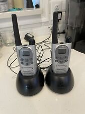 2 Motorola T7100 Talk-about Radio Walkie Talkies Silver & Black Needs Batteries