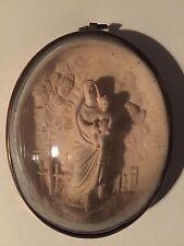Reliquaire Vierge Marie à l'enfant Anges calcaire pétrifié verre bombé Laiton