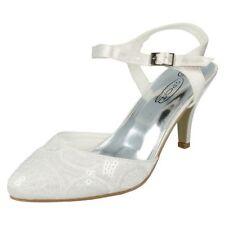 41 Scarpe da donna cinturini alla caviglia bianco