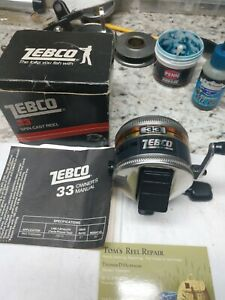 Vintage Zebco 33 #372 Near mint. Made in the USA in 1983. W/Box & Manuel