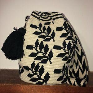Authentic 100% Wayuu Mochila Colombian Bag Large Size Exclusive black leaves