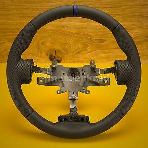 1075-1  Neu Beziehen Ihres Lenkrades  Hyundai Coupé Tiburon