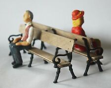 g scale/16mm traditional Railway station platform bench