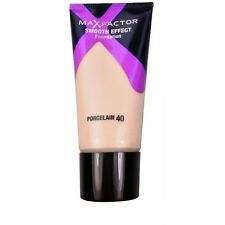 Max Factor Smooth Effect Foundation -40 Porcelain- New