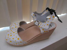 Maguba Bologna Yellow Polka Dot Natural Wedge Wood Clog Sandals Size 37 7 NWOB