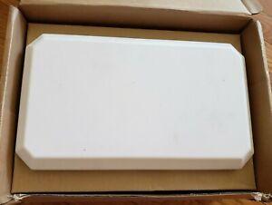 LAIRD PDM24518-AZ1 DUAL-BAND OMNIDIRECTIONAL ANTENNA 2400-2500 8DBI 4 PORT
