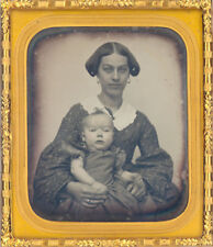 Daguerreotype : Pretty Mother and Child c.1850