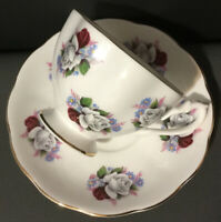 Vtg Beautiful Queen Anne Footed Cup Saucer Set~Bouquet of Roses~Red~White~Gold
