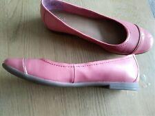 Ladies Clark's Shoes Size 6.5