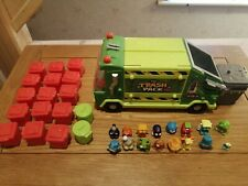 Trash pack truck plus 15 red bins, 2 green and  15 figures rare item, vgc