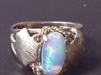 Opal Arts Crafts Ring 14 K Gold.ref1320