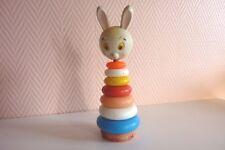 Ancien jouet pyramide plastique moulé vintage tête de lapin