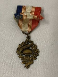 WW1 French UNC Union National Combatant Medal Bronze Award