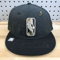 "NBA 2017 ""The Finals"" Gold Logo New Era 9Fifty Snap Back Flat Bill Cap EUC Hat"