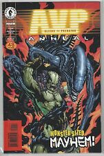 ALIENS vs PREDATOR Annual 2000 Monster Sized Mayhem NM+ (9.6)