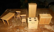 6-lot wood doll house kitchen set in good shape new