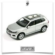 Schuco 1/43 - Volkswagen Touareg II 2010 argent