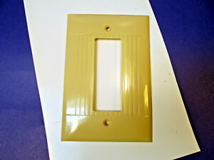 Vintage Sierraplex 1 Gang Ivory OVERSIZE Receptacle Outlet Wall Plate
