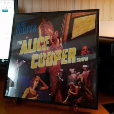 ALICE COOPER-HANDSIGNED-THE ALICE COOPER SHOW-LP-A COOL PIECE OF ROCK HISTORY