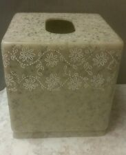 Engraved White Flowers Corian Riverbed Pattern  Tissue Holder sand/black flakes