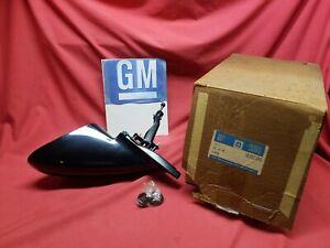 NOS GM GEO STORM LH. MIRROR 10221245