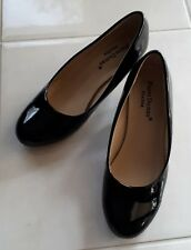 GORGEOUS LADIES BLACK PATENT LEATHER HEELS WORK SHOES SIZE 6-6.5 *AS NEW*
