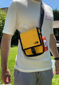 The North Face Bardu Cross Body Bag / BNWT / Yellow