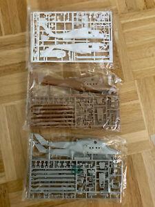 3x Bausatz 1:100 Flugzeug, Hubschrauber 2. WK Airfix?  in OVP siehe Fotos...