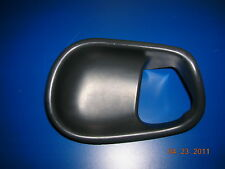 94-04 Mustang Inside Door Release Trim Charcoal RH