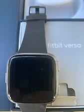 Fitbit Versa Special Edition aluminium case. 2 wristband size options.