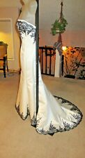 ~Rare DEMETRIOS Ivory Satin Black Lace Trim Wedding Dress Sz 6 Fluted Train NWT~