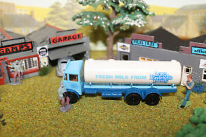 EFE Diecast vehicle Milk  Tanker   mib