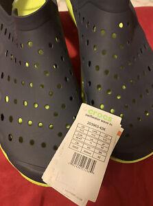 CROCS Classic UNISEX Black Ultra Light Water-Friendly Sandals Mens  M Size  12