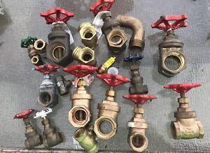 WOG shutoff valve Misc Sizes brass  lot Of 17