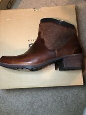 New Ugg Penelope Chestnut Brown Ankle Boots Shoes Bootie 7.5