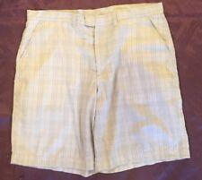 Patagonia Mens Shorts Plaid Off White  Size 38