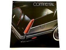 1982 Lincoln Continental 20-page Original BIG SIZE Car Sales Brochure Catalog