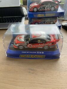 SCALEXTRIC C2952 FORD BF FALCON V8 SUPERCAR VODAFONE WHINCUP #88