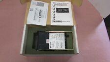 OMEGA ENGINEERING DP460 Digital Temp Meter 501