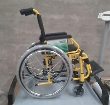 Silla de ruedas para niños, acolchada, superligera, desmontable y resistente.