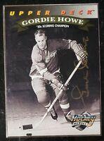 1992-93 GORDIE HOWE UPPER DECK HOCKEY HEROES IP GOLD AUTOGRAPHED CARD #22