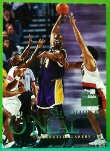 Shaquille O'Neal regular card 1999-00 Skybox #55