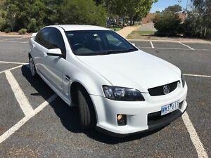 Holden Commodore SV 6 2008 White
