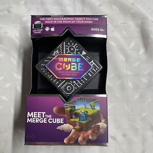 MERGE CUBE HOLOGRAPHIC GAME FOR AGES 10+ CAN BE USED WITH MOBILE PHONE FUN GAME