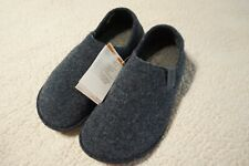 CROCS SLIPPERS CLASSIC CONVERTIBLE SHOES MENS SIZE(9) WOMENS(11) 205837-459 GREY