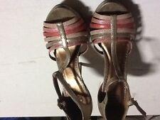 Zapatos de tacon nº 37 tiras adorno rosa