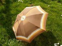 Knirps Regenschirm, typisch 70er Jahre Vintage, braun, orange, gelb, weiss